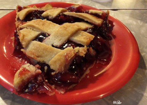 yummy-cherry-pie